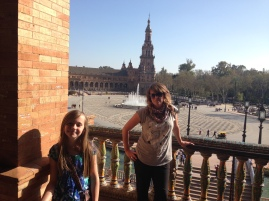 Balcony over puerto de Aragon